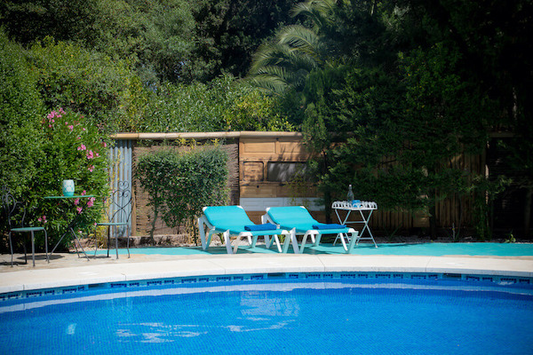 small-hotel-with-pool-andalusia-spain